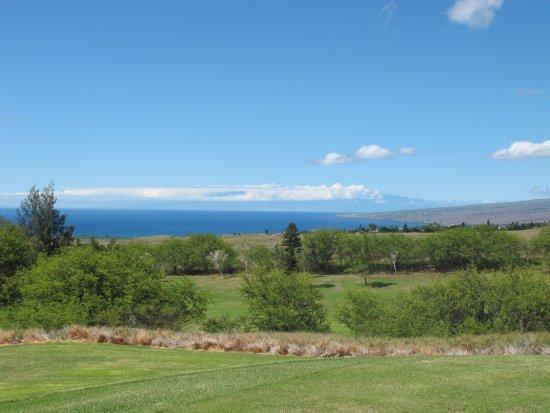 Waikoloa Village Golf Club: Waikoloa Village GC: Overlooking Ocean and Maui