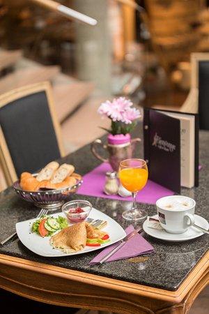 Cafe & Bistro Bienvenue