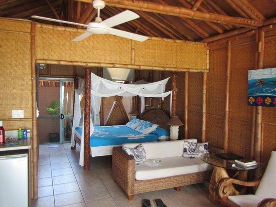 Arorangi, Wyspy Cooka: inside layout