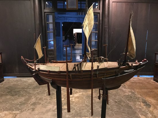 Museum of Trade Ceramics : 船の模型