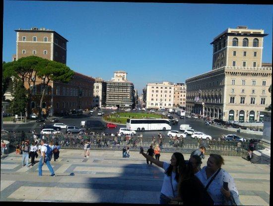 Piazza Venezia : IMG_20171021_120358933_large.jpg