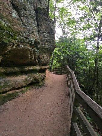 Munising Falls : beautiful path