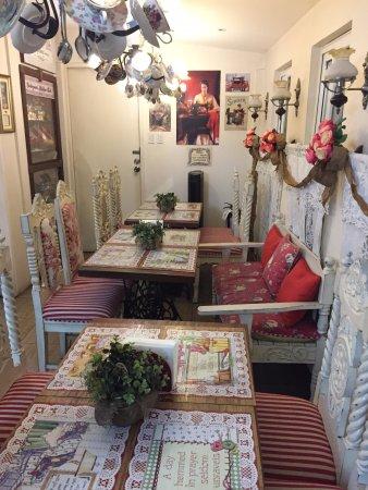 Karen\'s Kitchen, Pasig - 17A San Rafael St - Restaurant Reviews ...