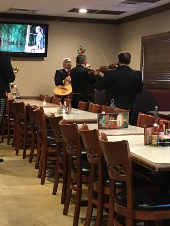 South Charleston, Virginie-Occidentale : Mariachi Band