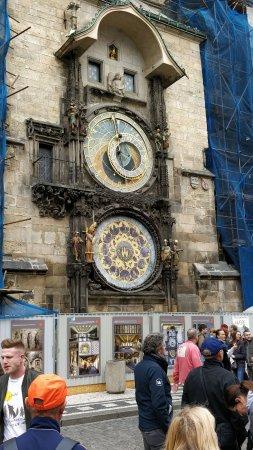 Rathaus und astronomische Uhr (Orloj): Astronomische Uhr