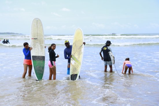 Kiss Lanka Surf Tours