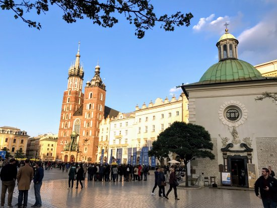 Transfers Poland - Tours and Transfers: Krakow Old Town October 13 2017