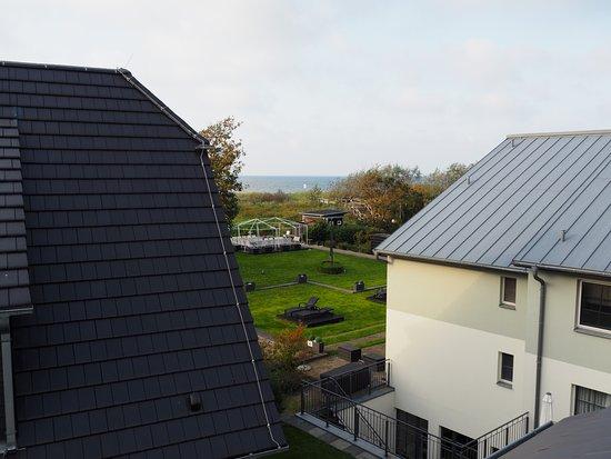 Hotel Kuenstlerquartier Seezeichen: Blick zur Ostsee vom Balkon