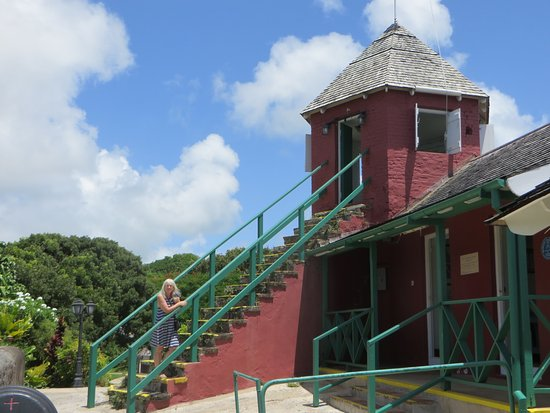 Saint George Parish, Μπαρμπάντος: Gun Hill lookout tower; highest point on the hill.