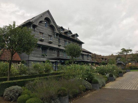 La Ferme Saint Simeon - Relais et Chateaux: photo1.jpg