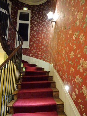 Cage d\'escalier - Picture of Hotel de Paris, Limoges - TripAdvisor