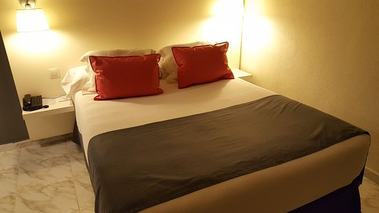 Hotel Parque : IMG-20171022-WA0006_large.jpg