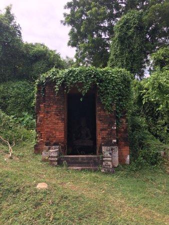Ratnagiri Buddhist Excavation: photo8.jpg