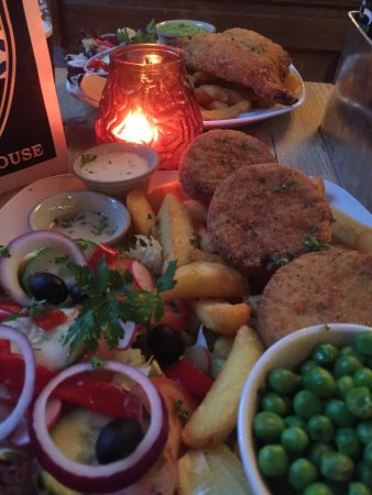 Camelford Arms: Haddock fish cakes ...