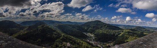 Annweiler am Trifels, Alemania: die Aussicht von der Burg