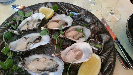 Asenby, UK: Lindisfarne Oysters