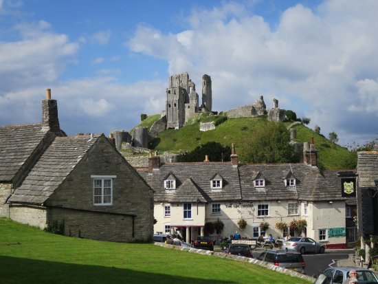 Isle of Portland, UK: A particularly charming village.