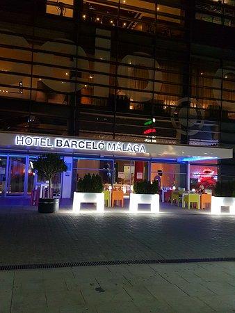 Barcelo Malaga: Barcelo at night