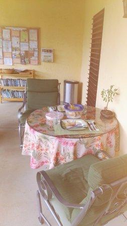 Hale Huanani Bed and Breakfast: Colazione