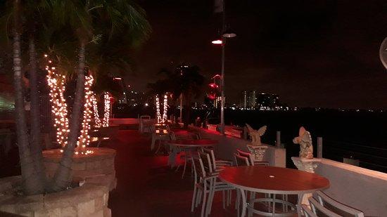 North Bay Village, FL: Hermoso hotel! Limpieza y atención excelente!! Lo recomiendo 100%