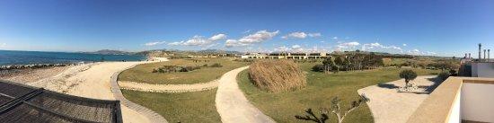 Verdura Resort: panoramica dalla spiaggia al resort
