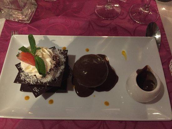 Auribeau-sur-Siagne, France: trilogie au chocolat noir ! un délice !!
