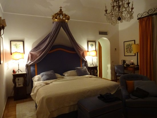Hotel Buca di Bacco: Beautiful room and comfortable