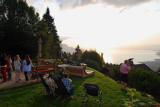 Le Coucou Hotel Restaurant & Lounge-Bar: La vista de la terraza