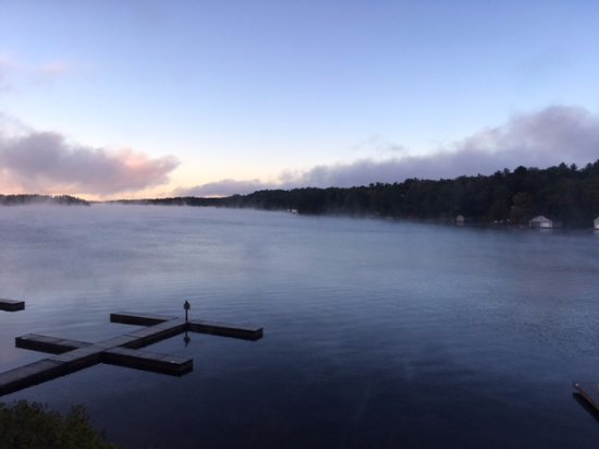 Muskoka District, Canada : View of the sunrise from our hotel room