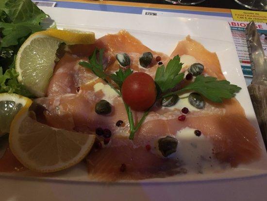 Axat, Francia: Entrée de saumon fumé