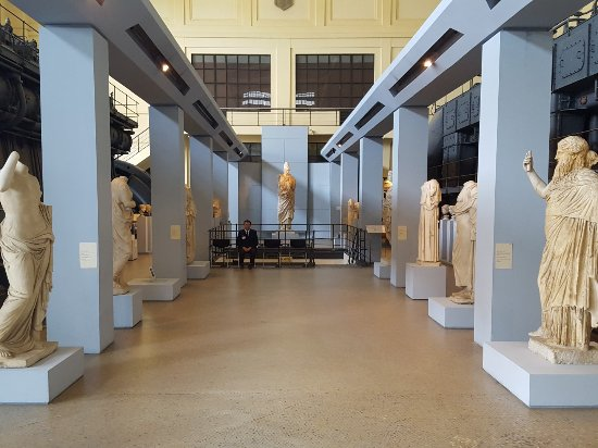 ‪Centrale Montemartini‬
