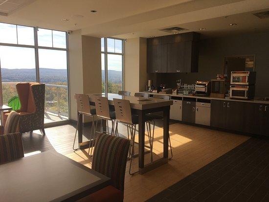 Home2 Suites by Hilton Dickson City Scranton: photo0.jpg