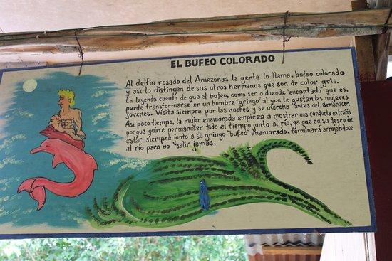 Iquitos, Peru: Cuadros alusivos a leyendas de la Amazonía.