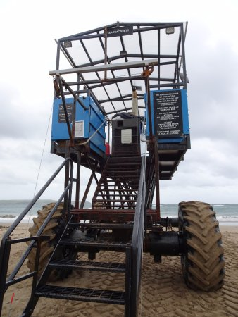 Bigbury-on-Sea, UK: Sea Tractor
