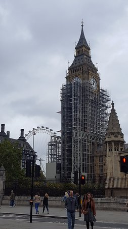 Menara Jam Big Ben: View of Big Ben