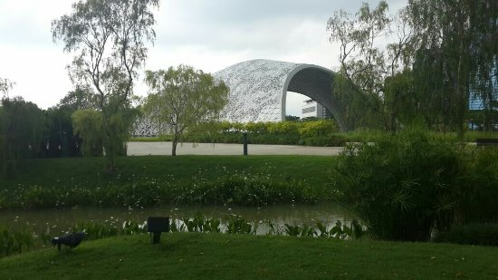 Gardens by the Bay: IMG-20170919-WA0130_large.jpg