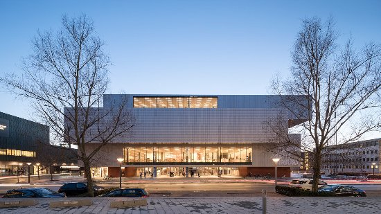 Det gennem-renoverede Experimentarium har til huse Hellerup. Foto: Adam Mørk