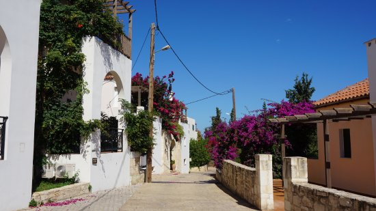 Main street Douliana