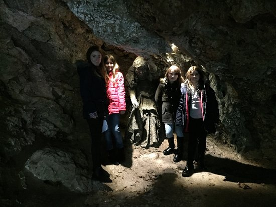 Mother Shipton's Cave and The Petrifying Well: photo0.jpg
