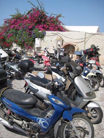 Andromeda Villas: ATVs and Moped, Buses and Vans; No Parking