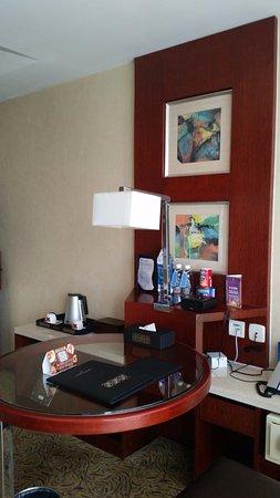 Kuntai Royal Hotel Photo