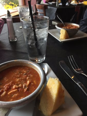 Berkeley Springs, Virginia Occidentale: Chili and Cornbread