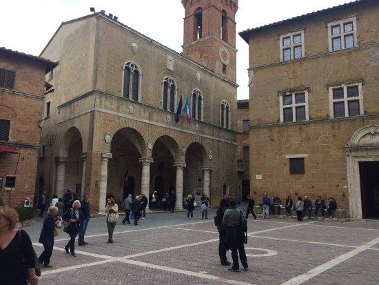 Pienza, Ιταλία: Piazza Pio ||