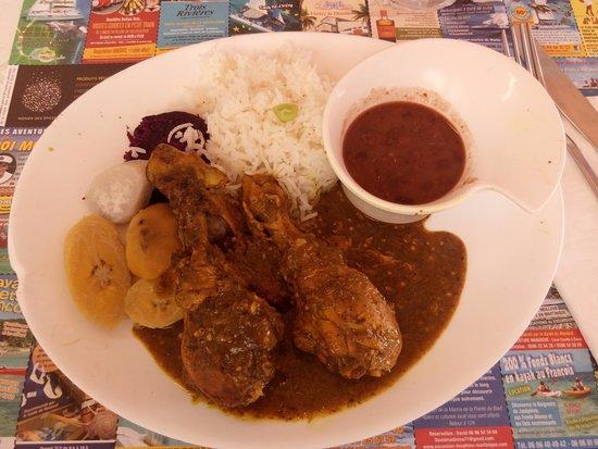 Saint-Pierre, Martinica: colombo poulet
