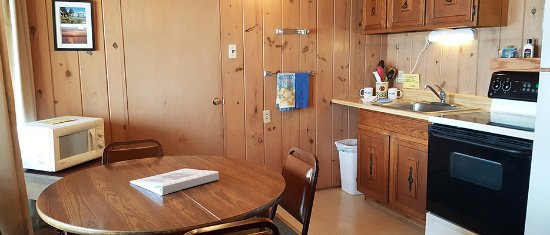Blue Eye, MO: Kitchen area one room cabins 1-6