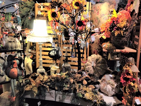 Ontario, Californien: Seasonal Displays