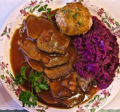 Glendale Heights, IL: The 'Sauerbraten Plat' is tender and filling