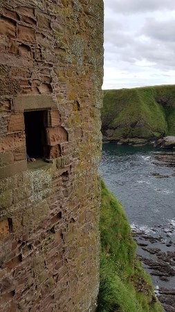 Stonehaven, UK: The scale is quite remarkable.