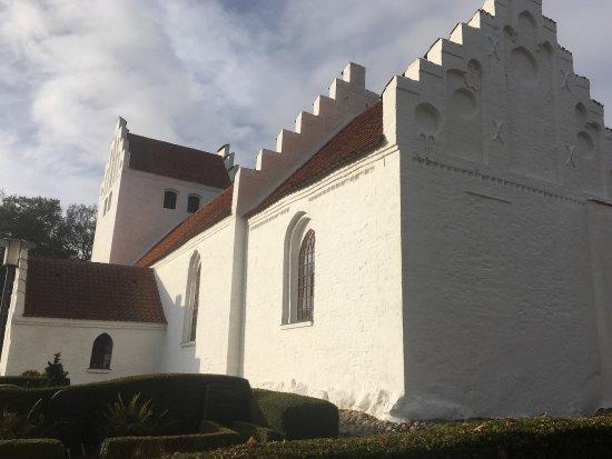Kolby Kirke照片