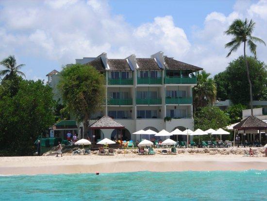 Holetown, Barbados: Mango Bat Hotel and beach